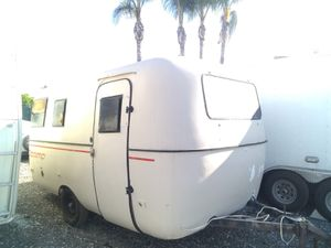 1981 scamp 13 ft very solid current registration excellent it tow very nice you can use any small car or SUV for Sale in Long Beach, CA