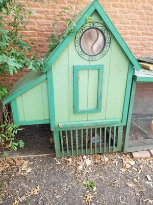 Chicken house casa para gallinas gallinero for Sale in Dallas, TX