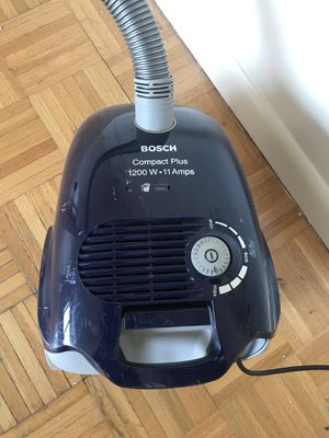 Bosch vacuum cleaner for Sale in New York, NY