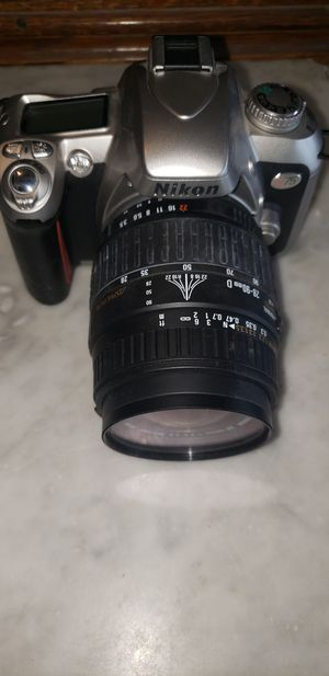 Nikon N75 35mm camera w/extra lens for Sale in Maple Valley, WA