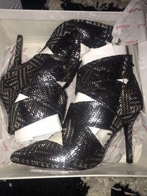 Quipid Black & silver Heels for Sale in Boston, MA