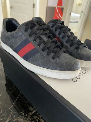 Gucci shoes sz 9 for Sale in Tampa, FL