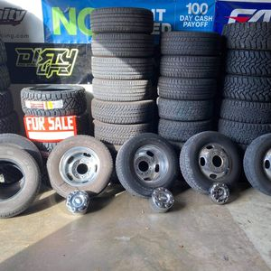 FORD F350 Dually Wheels And Tires for Sale in Houston, TX