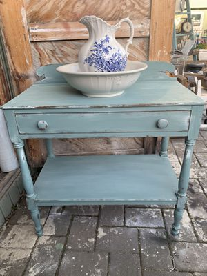 Antique wash stand for Sale in Babylon, NY