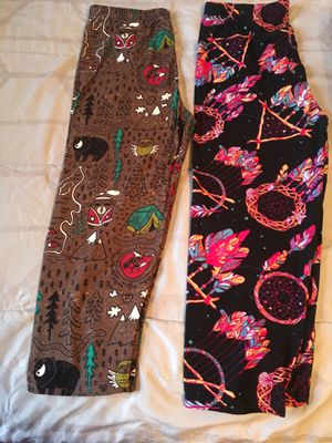OS Capri lollipop 🍭 leggings for Sale in Woodbridge, VA