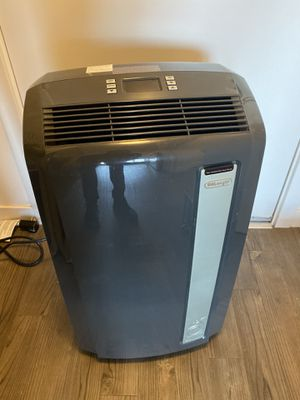 DeLonghi - 700 sqft, 3-in-1, Air conditioner $300 for Sale in Seattle, WA