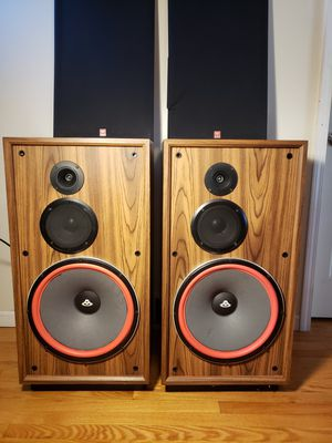 "Cerwin-Vega DX-9 400 Watt Stereo Speakers 15"" Woofers. OBO. for Sale in Burbank, IL"