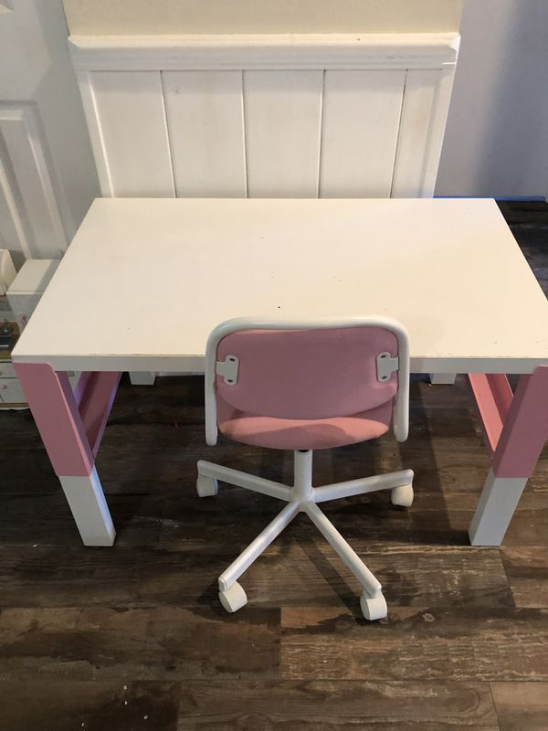 Desk and chair girls set