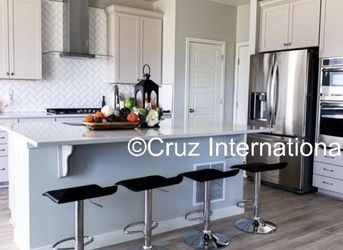 New 4 Black Bar Stools for Sale in Windermere,  FL