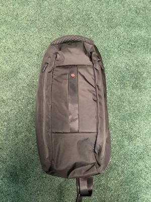 Victorinox sling bag for Sale in Garden Grove, CA