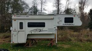 2000 Caribou 11L camper for Sale in Puyallup, WA