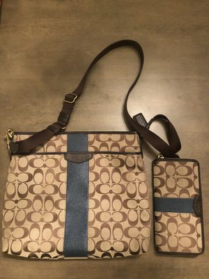 Coach bag & wallet for Sale in Lakewood, WA