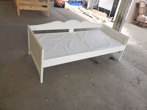 Toddler-twin bed for Sale in Modesto, CA