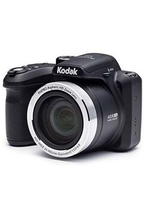 Kodak digital camera 16mp with 40x optical zoom and 3 inch LCD black for Sale in Providence, RI