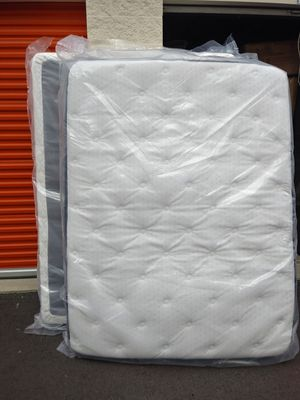 New Queen Size Mattress & Boxspring for Sale in Puyallup, WA