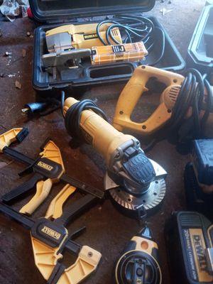 Dewalt 5 piece combo set. for Sale in Spartanburg, SC