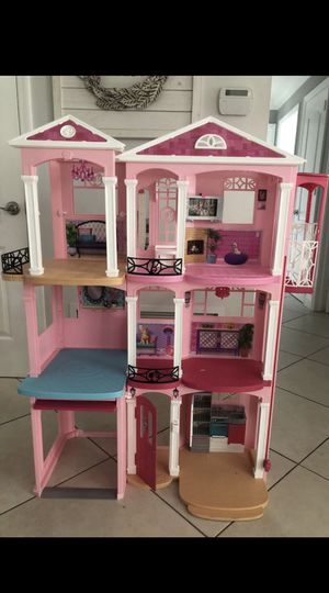 Barbie dream house for Sale in Doral, FL