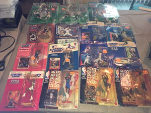 Big lot of starting lineup sports action figures football baseball basketball 18 figures total for Sale in Rochester Hills, MI