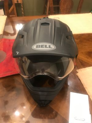 Men's Bell riding helmet-no accidents-minimal wear for Sale in Riverside, CA