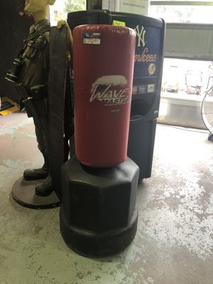 Wave Master Century Punching Bag for Sale in New Britain, CT