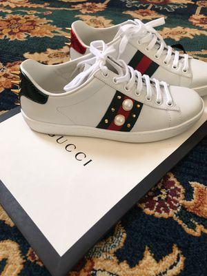 Beautiful gucci sneakers! for Sale in Seattle, WA