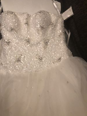Wedding dress brand new for Sale in Baltimore, MD