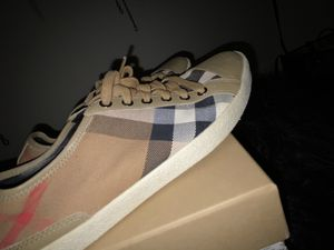 Burberry Sneakers for Sale in Camp Springs, MD