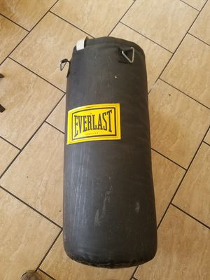 Everlast Punching Bag for Sale in Pomona, CA