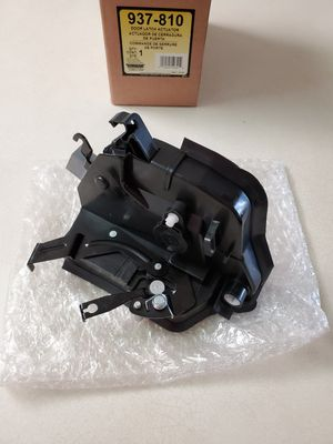 BMW E46 LEFT DOOR LOCK LATCH (COUPE & CONVERTIBLE) for Sale in Corona, CA