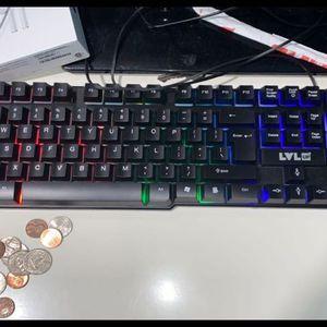 keyboard for Sale in Alexandria, VA