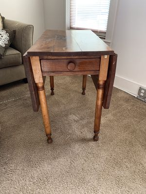 Beautiful antique dining room table for Sale in Philadelphia, PA