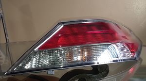 2012 - 2014 Acura TL Passenger Side Tailight (Genuine) for Sale in Pembroke Pines, FL