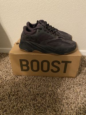 Yeezy 700 vnds size 8.5 410 for Sale in North Las Vegas, NV