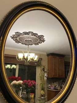 Gorgeous Antique Wood Mirror for Sale in Sterling Heights,  MI