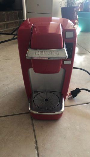 Keurig K15 Mini Plus Brewing System, Chili Red for Sale in Apopka, FL