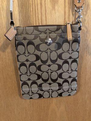 Coach bag for women's Messenger Bag original for Sale in Everett, WA