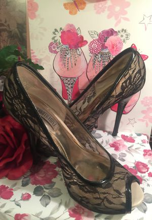 Designer JLO black lace Sexy ! stiletto heels Guc 5 inch spike heel I ship for Sale in Northfield, OH