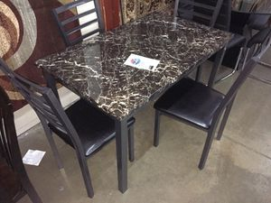 Very nice dining room table with 4 chairs for Sale in Dallas, TX