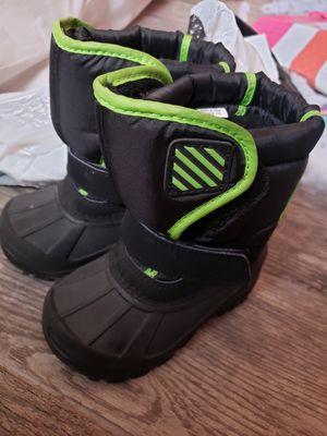 Kids snow boots size 6 for Sale in Buckeye, AZ