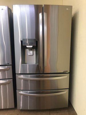 LG Smart 4 door double freezer Refrigerator for Sale in Phoenix, AZ