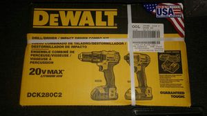 Dewalt 20v max lithium ion combo drill set for Sale in Avon Park, FL