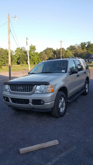 FORD EXPLORER XLT 2004 for Sale in Manassas, VA