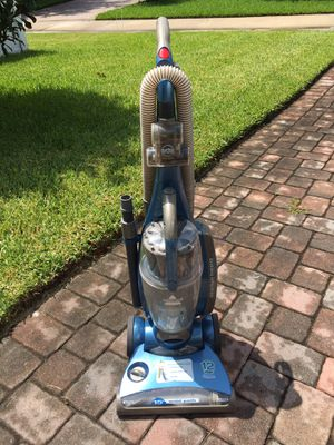 "Bissell 15"" wide path Microban Vacuum Cleaner for Sale in Winter Garden, FL"