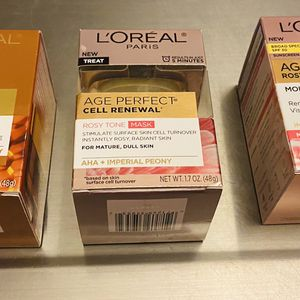 Loreal Face Moisturizers + Face Mask for Sale in Stockton, CA