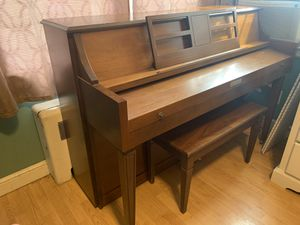Baldwin upright piano for Sale in South Windsor, CT