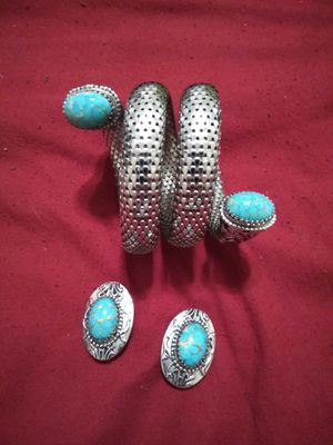 Vintage 1960s najavo turquoise stones .925 silver bracelet and earrings SET for Sale in Port Neches, TX
