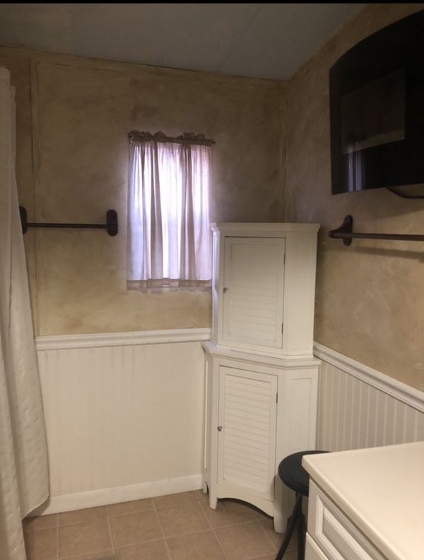 2 bedroom 1 Bath Mobile Home... to be moved