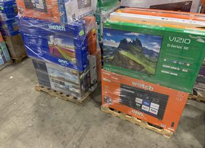 """TCL 50"""" and 55"""" smart Roku TV new open box V00 for Sale in Dallas, TX"""