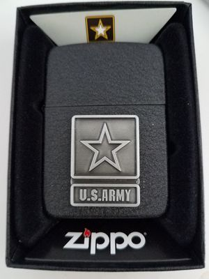 Zippo us army emblem black crackle 28583 for Sale in Los Angeles, CA