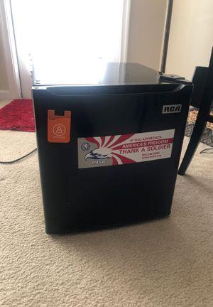RCA 1.7 cu. ft. Mini refrigerator for Sale in Arlington, VA